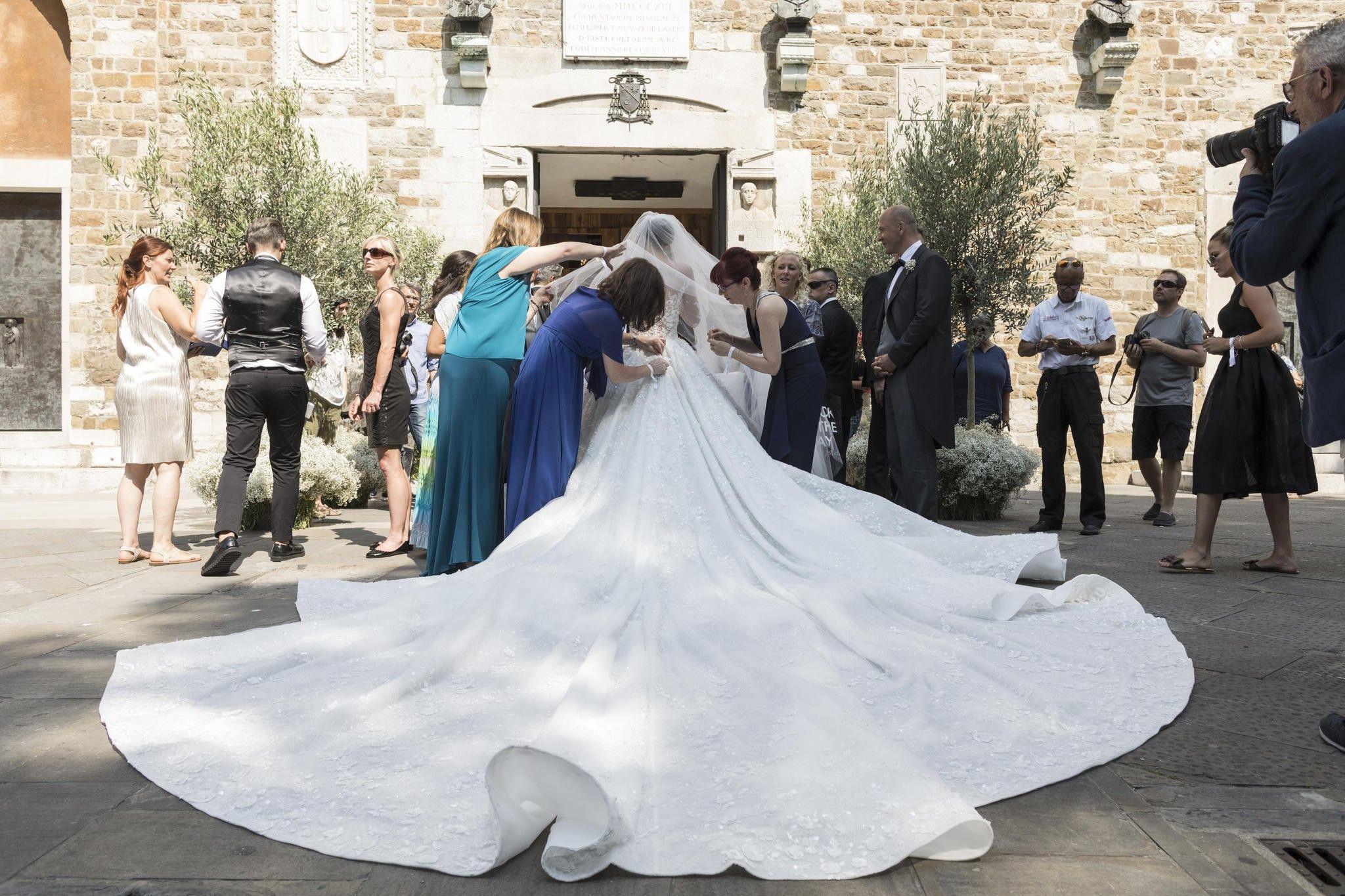 Pin von Nina auf Wedding  Swarovski hochzeitskleid, Kleid