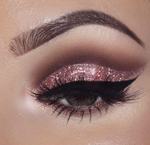 Imagem de makeup, girl, and glitter
