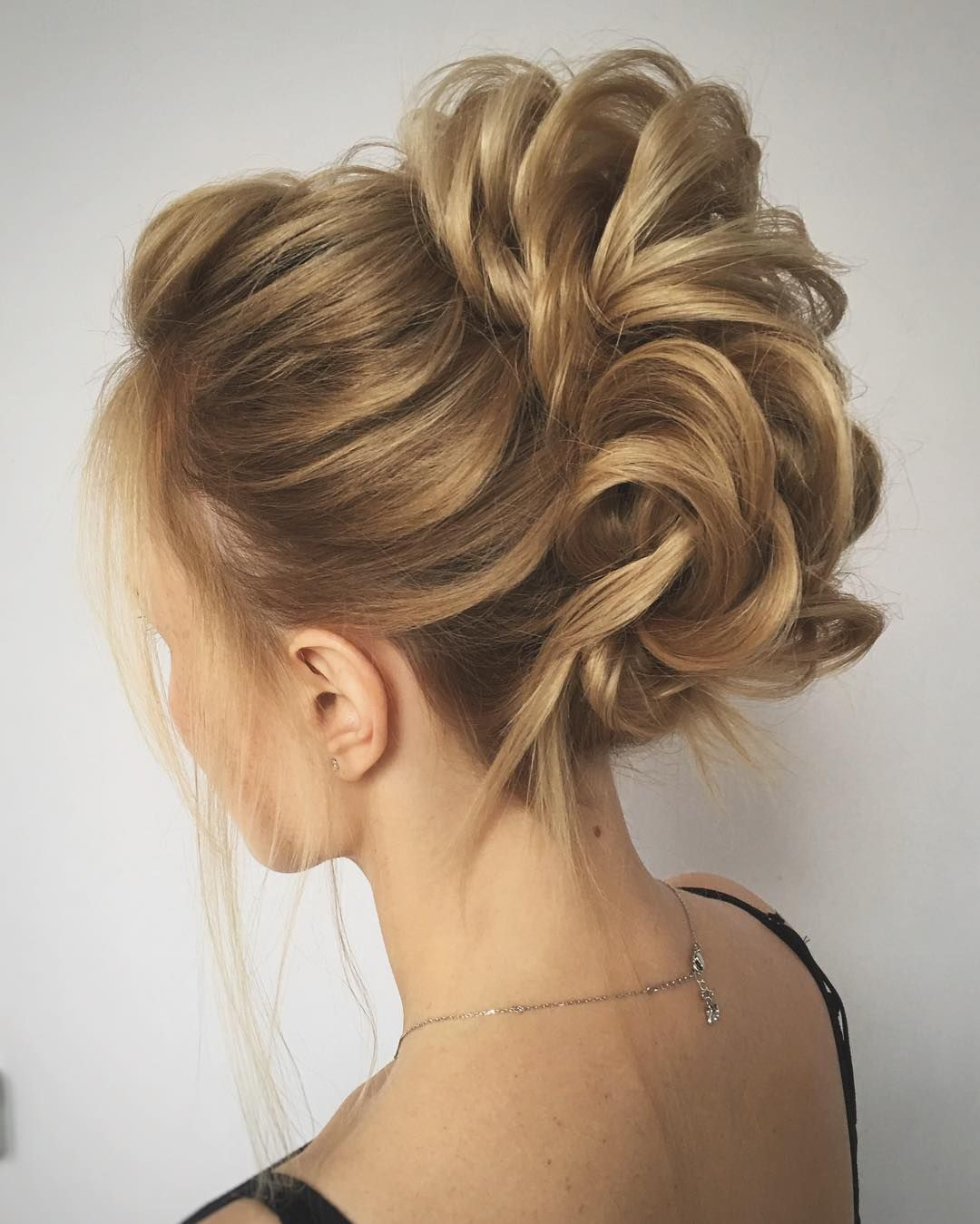 #updo#hairdo#hairstyle#upstyle#wedding#weddinghair #weddingupdo #bride.  Wedding Hair StylesLong ...