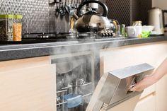 Mit Diesen 2 Wundermitteln Glanzt Und Duftet Deine Spulmaschine Wie Neu Genial Spulmaschine Stinkt Haushaltsreinigungstipps Haushalt