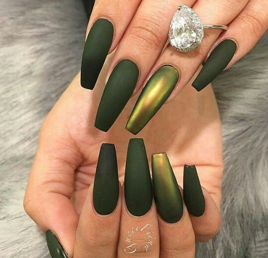 Chrome Green Nails Green Acrylic Nails Metallic Nails Green Nails