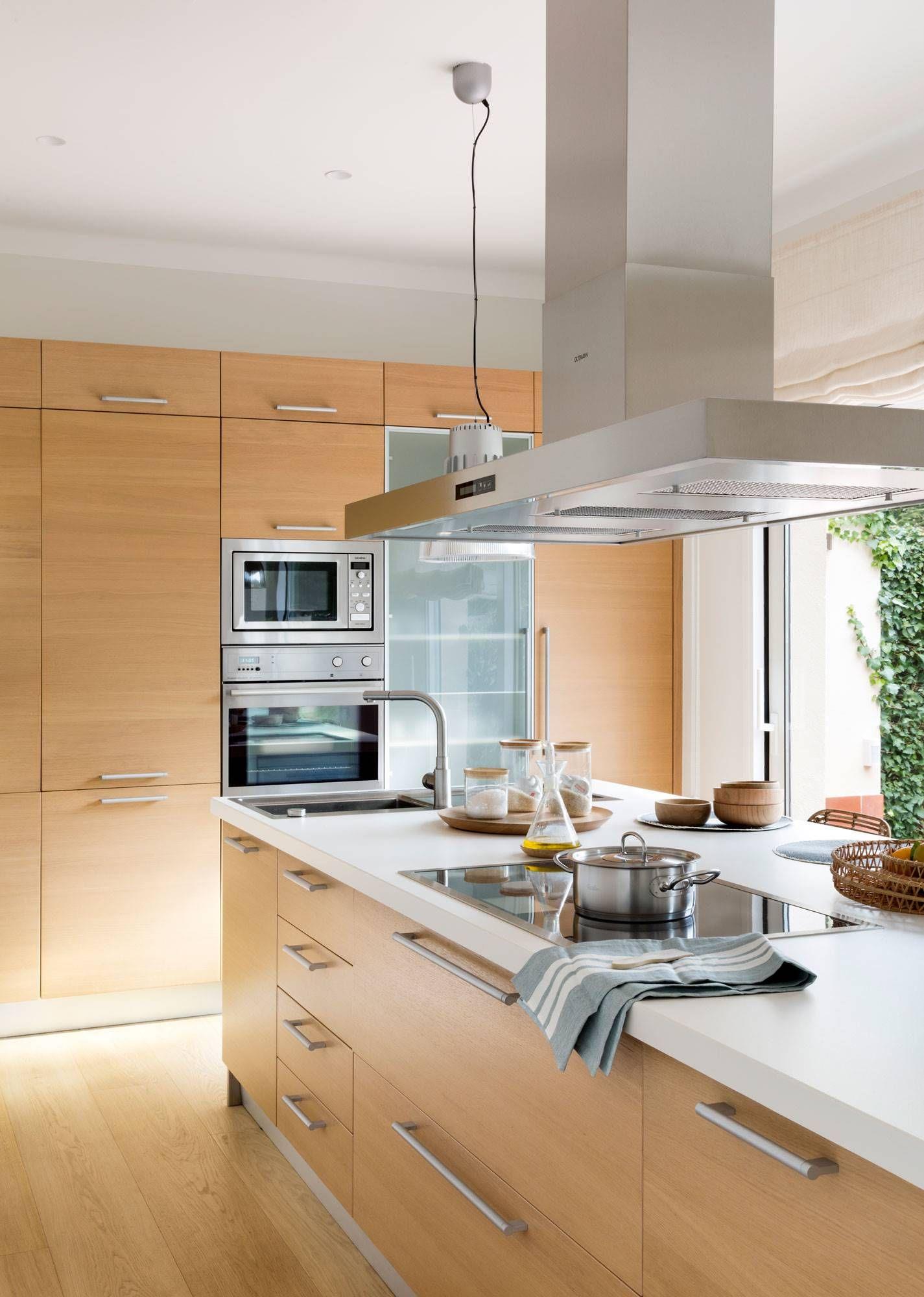 50 cocinas abiertas al comedor y al sal n cocinas en - Precio modulos de cocina ...