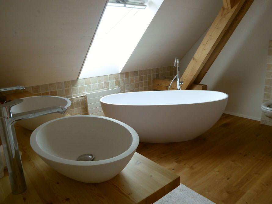 freistehende badewanne piemont medio aus mineralguss weiss matt oder gl nzend badezimmer. Black Bedroom Furniture Sets. Home Design Ideas