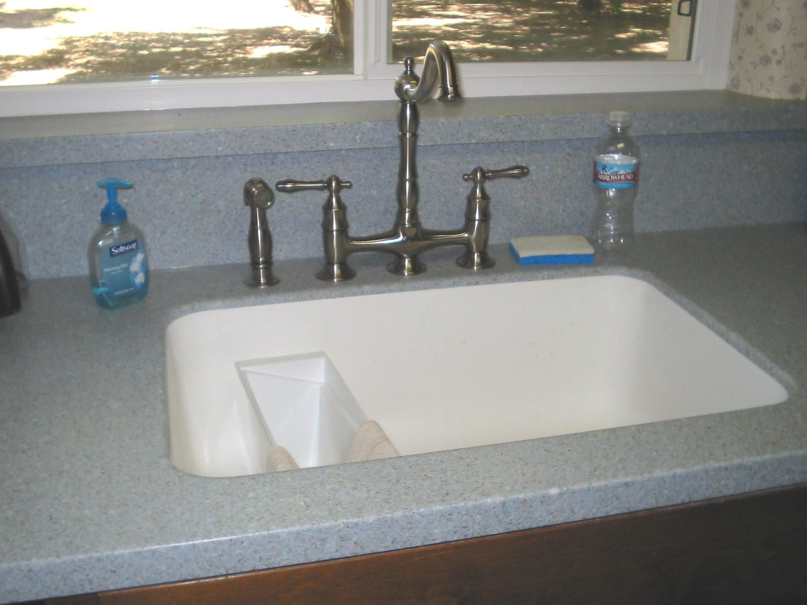 Both of these two solid surface kitchen countertop materials ...