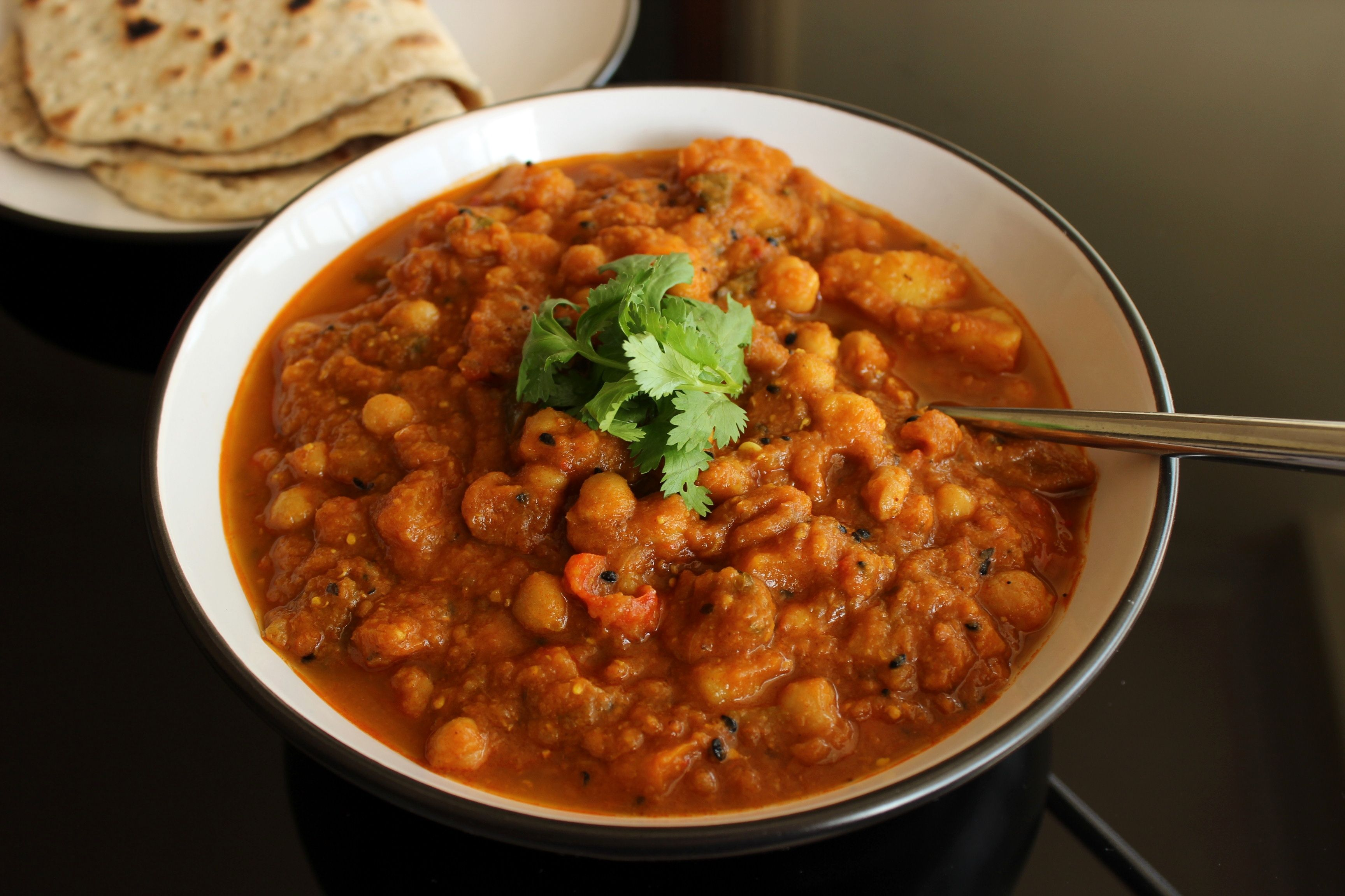 Chana masala chickpea curry curry and chana masala food indian vegetarian chickpea forumfinder Gallery