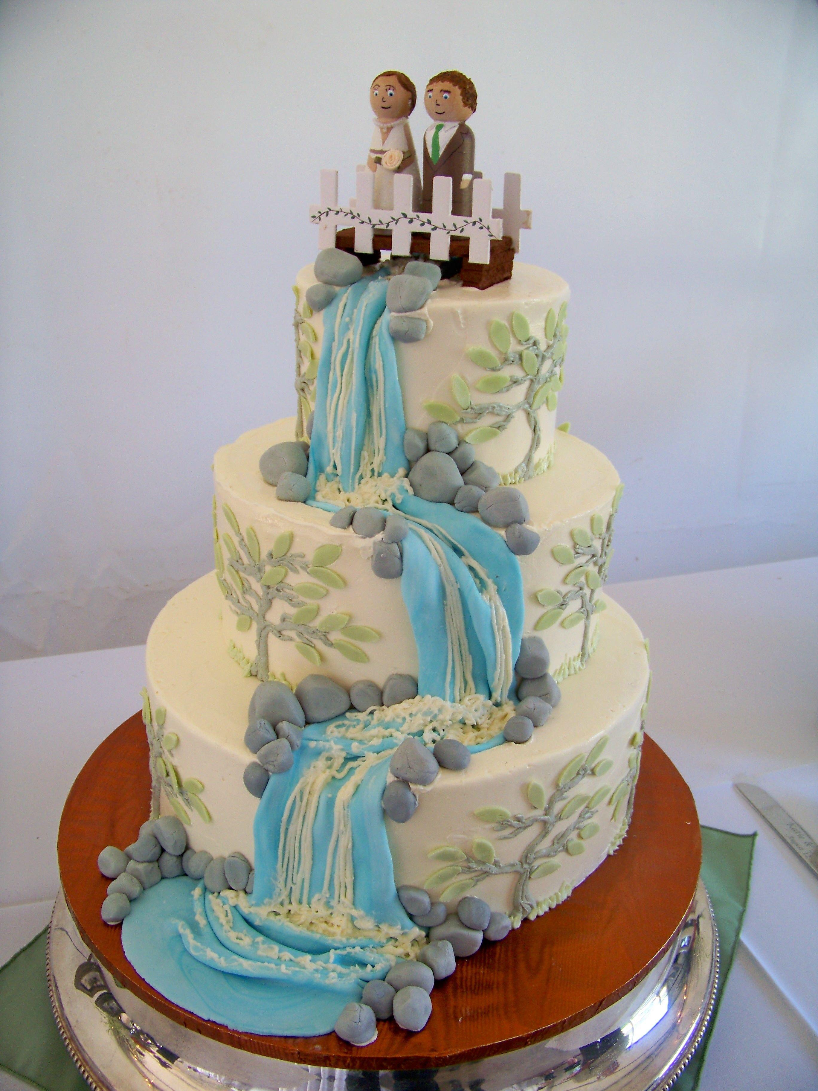 waterfall with rocks wedding cake - Wedding Cake Design Ideas