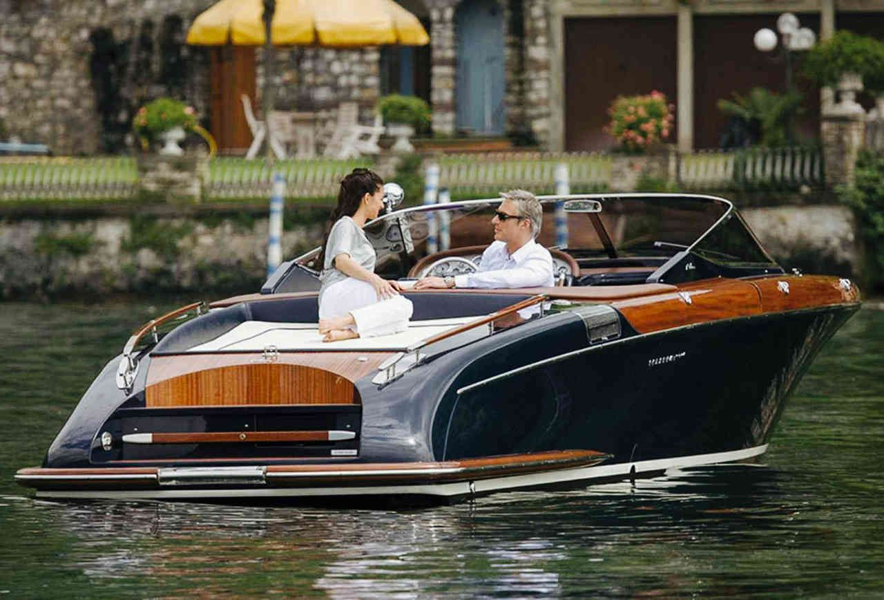 12 Boats That James Bond Would Kill For With Images Best