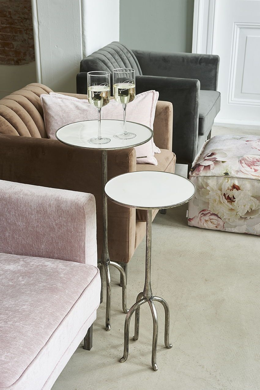 Riviera Maison Bijzettafeltje.Miami Chairs One Of The Characteristics Of The Soft Velvet From