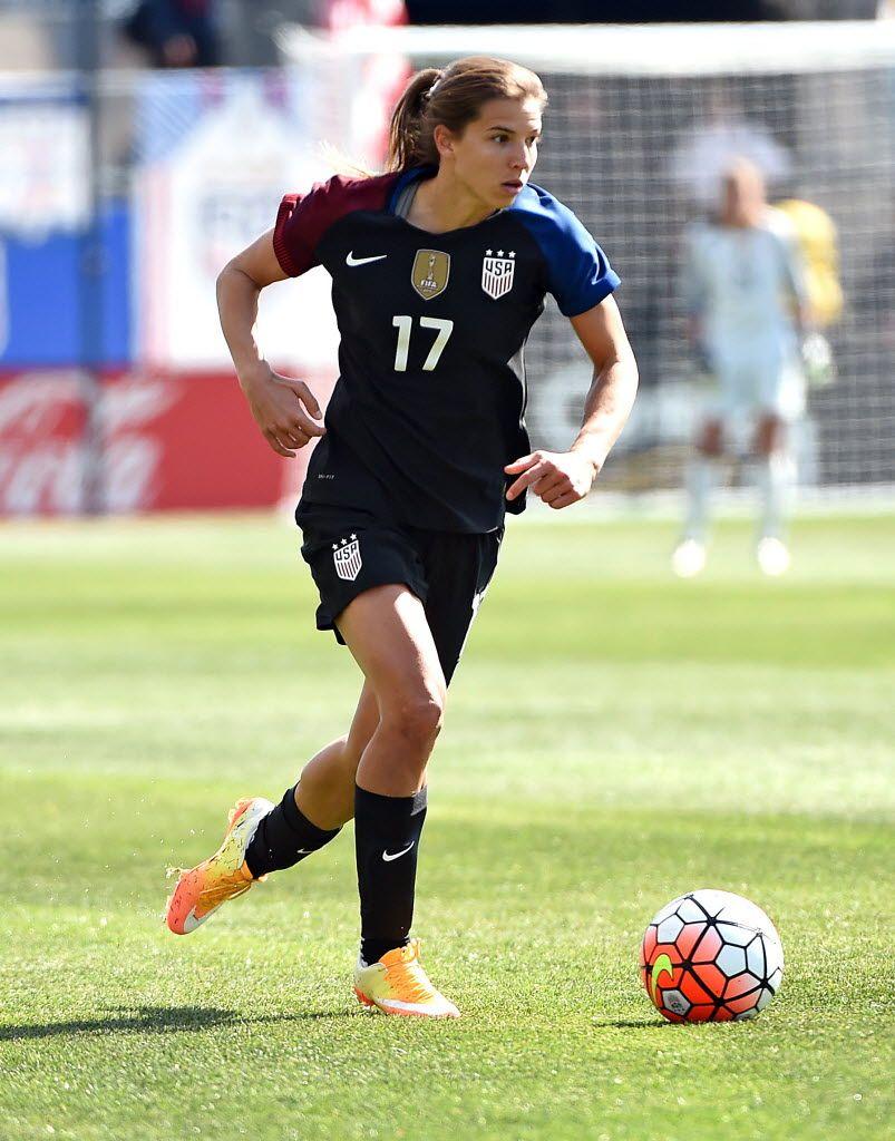 a8afebad6b7 Tobin Heath vs. Colombia, April 10, 2016. (Eric Hartline/USA Today Sports)