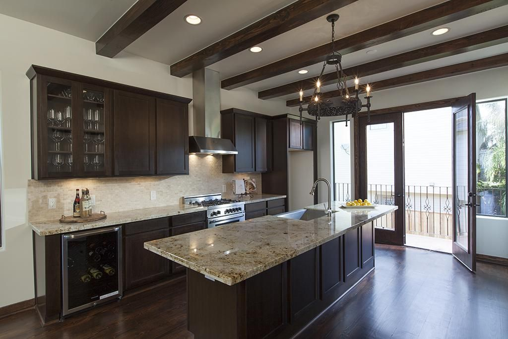 Dark Cabinets with dark wood floor. | My Dream Home | Pinterest ...