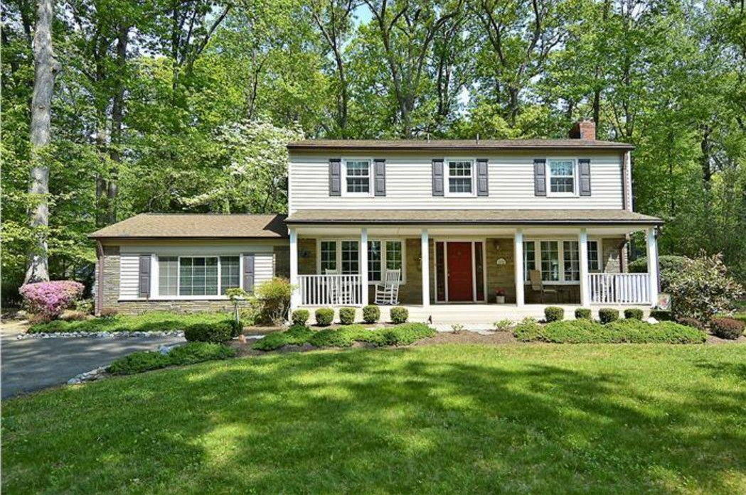 Garrison colonial front porch addition home pinterest for Colonial house addition