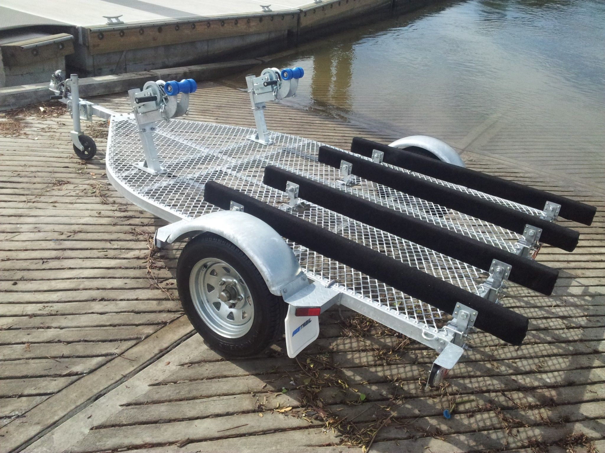 Standard Features Double Stand Up Pwc Trailer Fits 2 Stand Up Jet Ski S Side By Side Black Carpeted Skids Double Web Strap Jet Ski Trailer Jet Ski Trailer