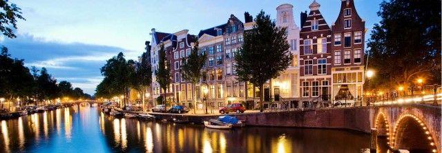 #Trouwen op de grachten van #Amsterdam #sloep #salonboot #huren