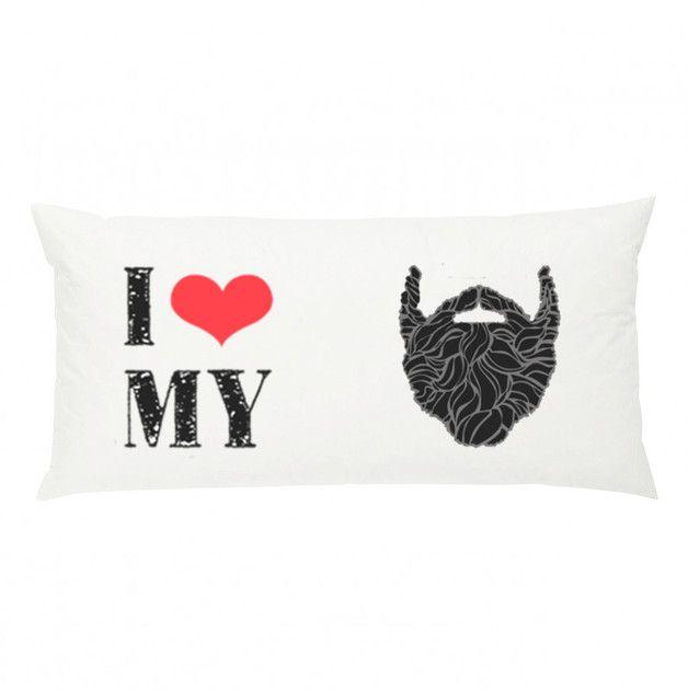 Cojines - Almohadón i love my beard - hecho a mano por enBarBados en DaWanda #decoración #deco #diseño #hechoamano #handmade #hogar #casa #cojin #cojines #DaWanda