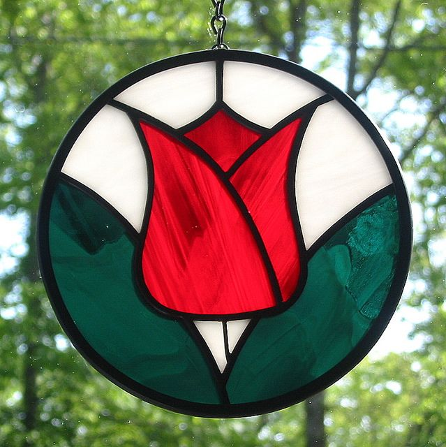 small red tulip suncatcher stained glass