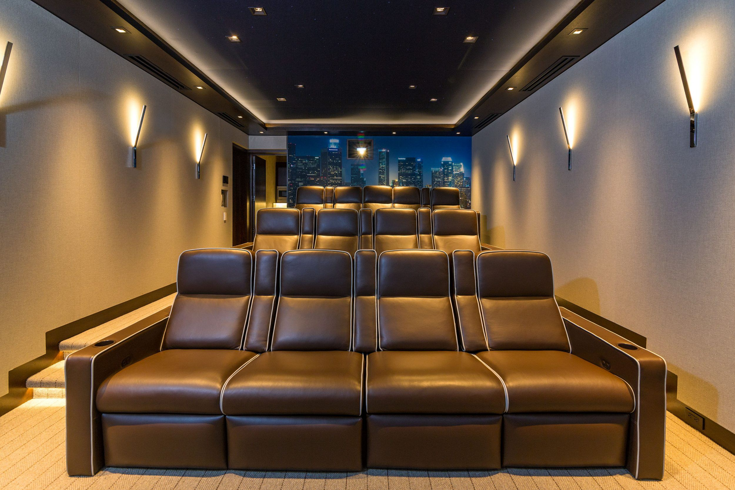Dsi Builds Christie Day And Date Home Cinema For Hollywood