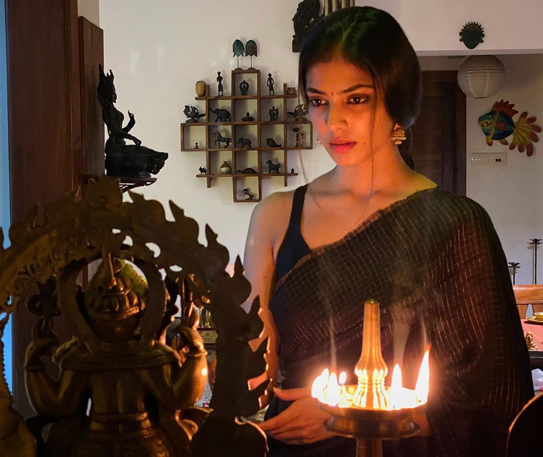 MalavikaMohanan wishing for Tamil New year in 2020