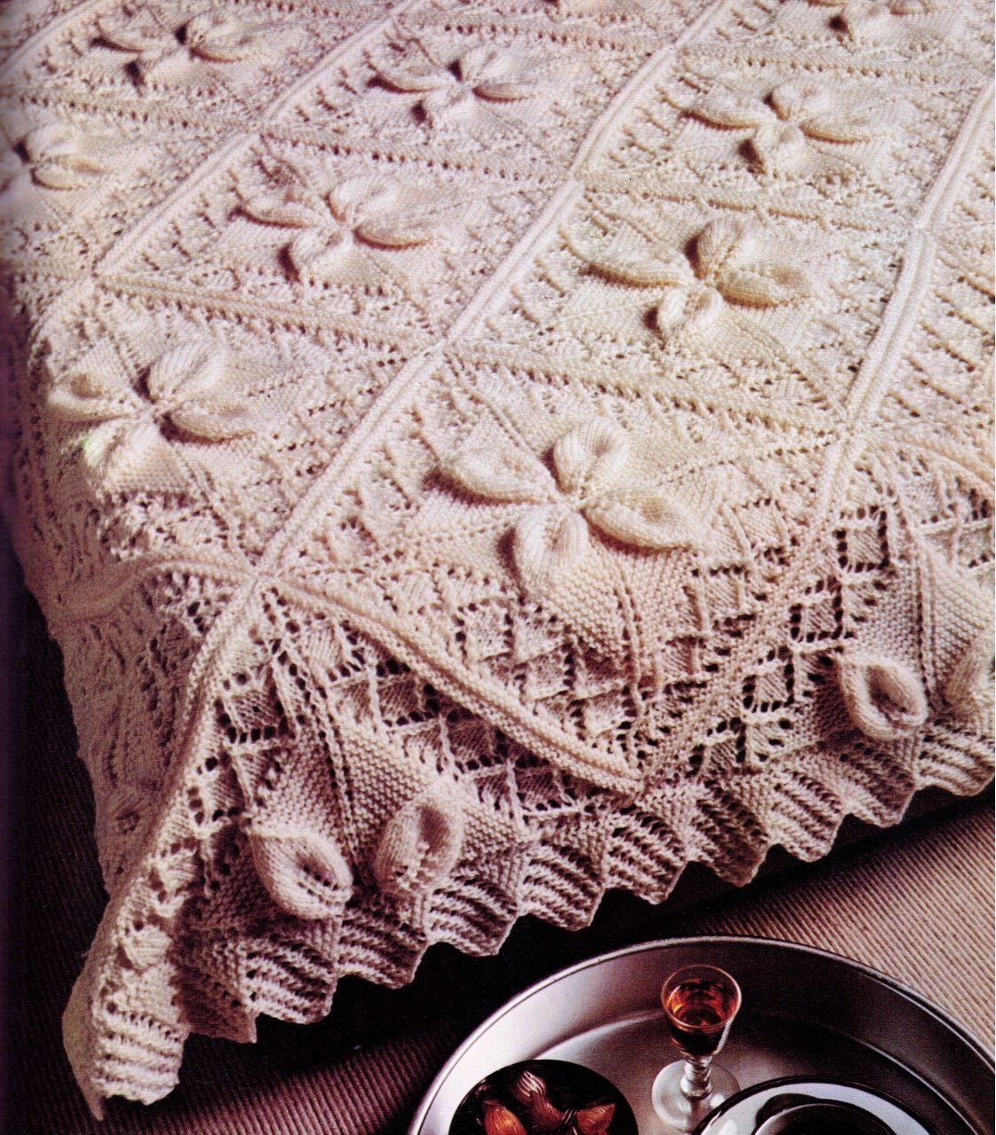 Vintage 3d flower pattern cable bedspread blanket knitted retro vintage 3d flower pattern cable bedspread blanket knitted retro lifestyle size 130 x240 cms 4 ply bankloansurffo Choice Image