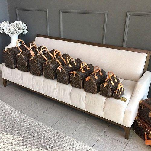 Louis Vuitton Speedy Family uploaded by @SweetLike