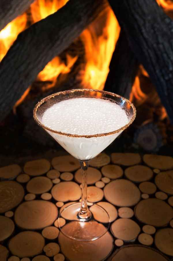 9 Best Signature Cocktails for Winter | Cocktail Recipes | Winter Cocktails | S'moretini