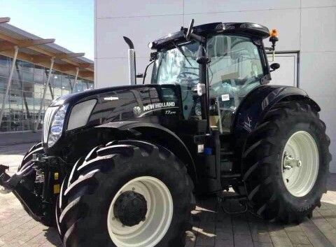 New Holland T7.210 in black. | Crafty | Pinterest | New ...