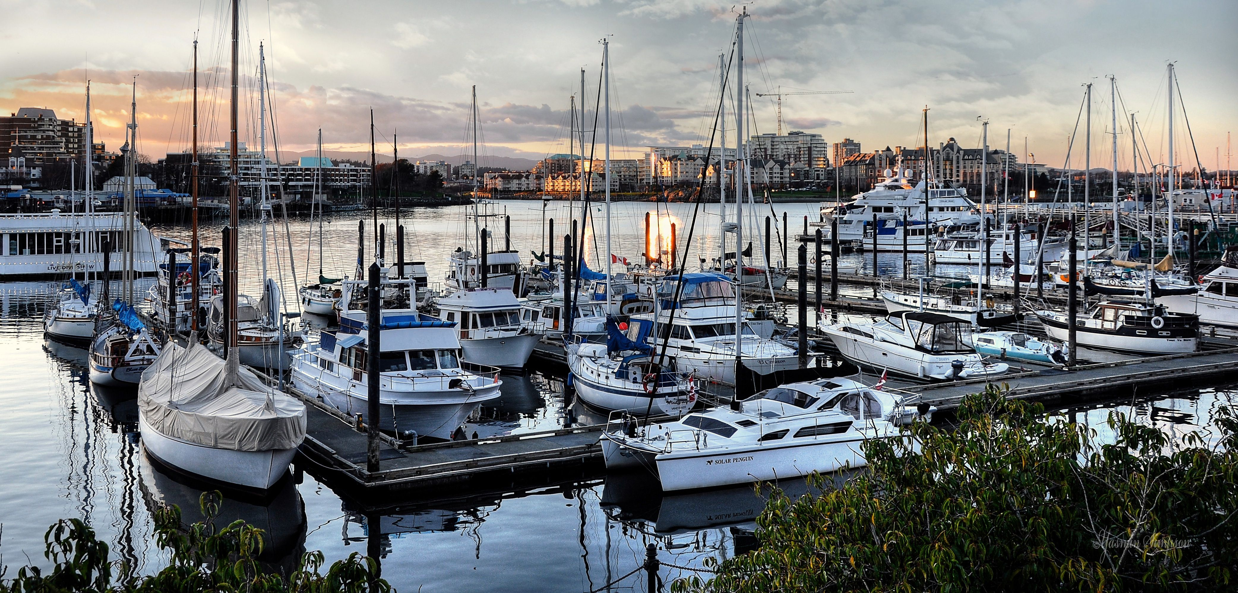Fisherman S Wharf Is Located Just Around The Corner From Victoria S Inner Harbour Downtown Victoria B C Fishermen Work And So Fishermans Wharf Travel Boat
