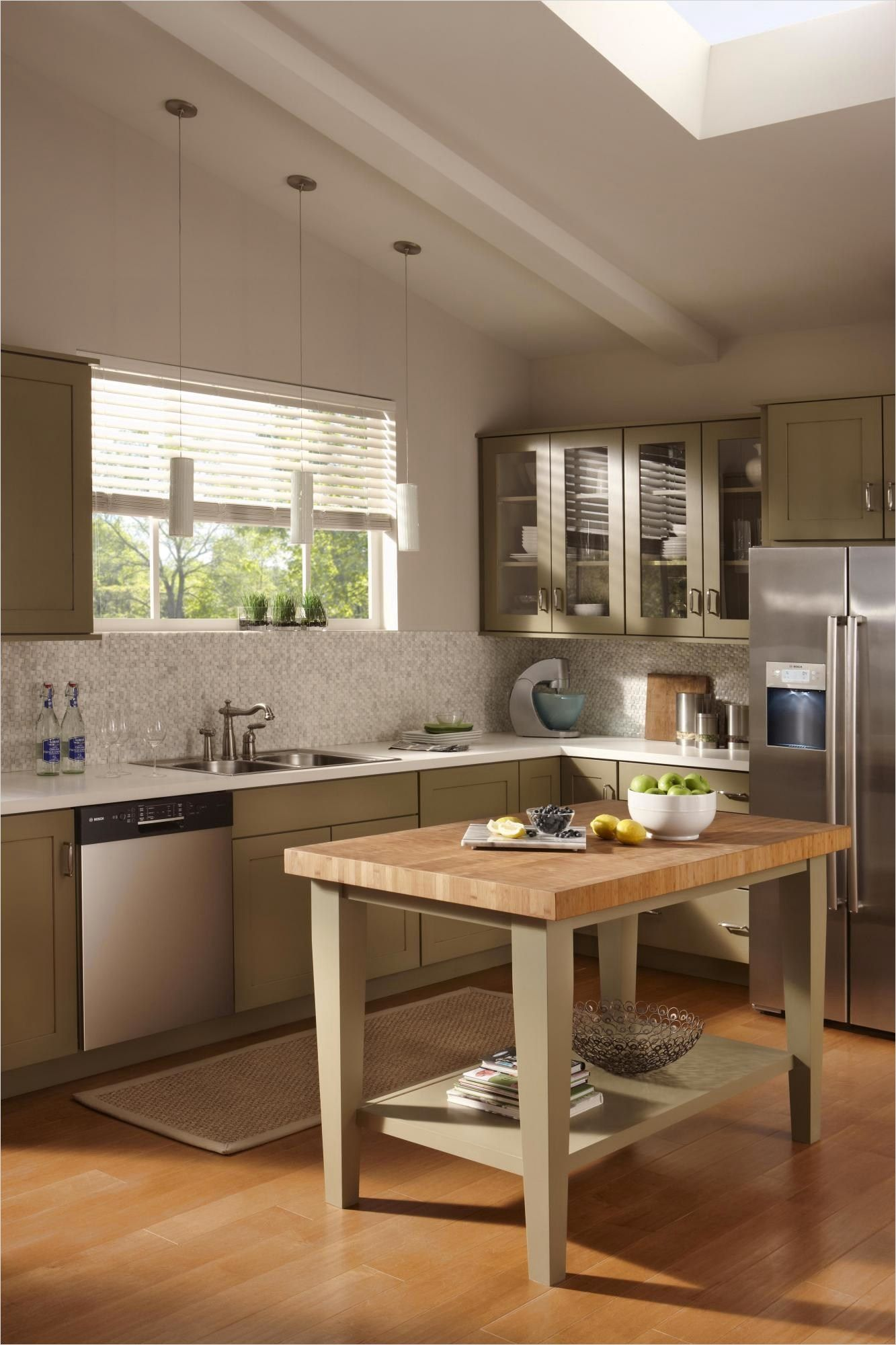 44 perfect ideas small kitchen designs with islands that will impress you kitchen design small on kitchen layout ideas with island id=93409