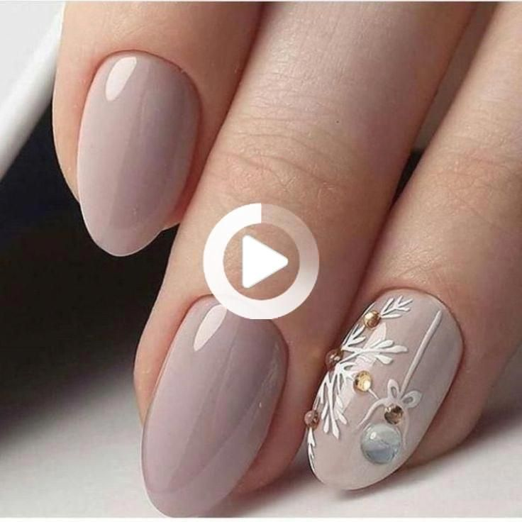 POLISH YOUR NAILS IN THE COLORS OF YOUR FAVORITE FOOTBALL TEAM! - My N