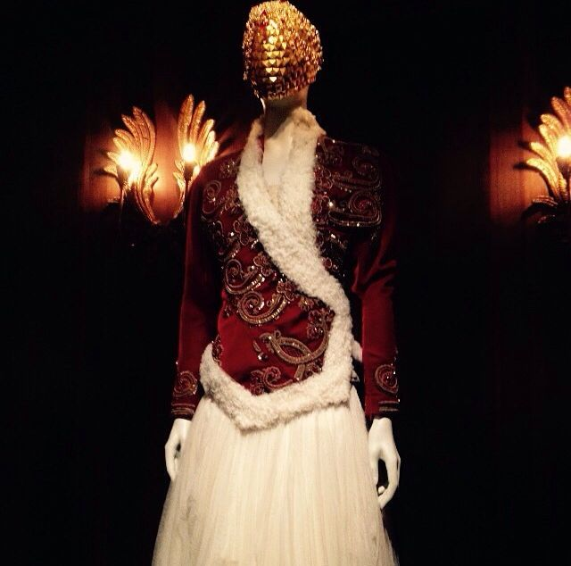 alexander mcqueen exhibition at the victoria&albert museum • SAVAGE BEAUTY• he made it  artwork