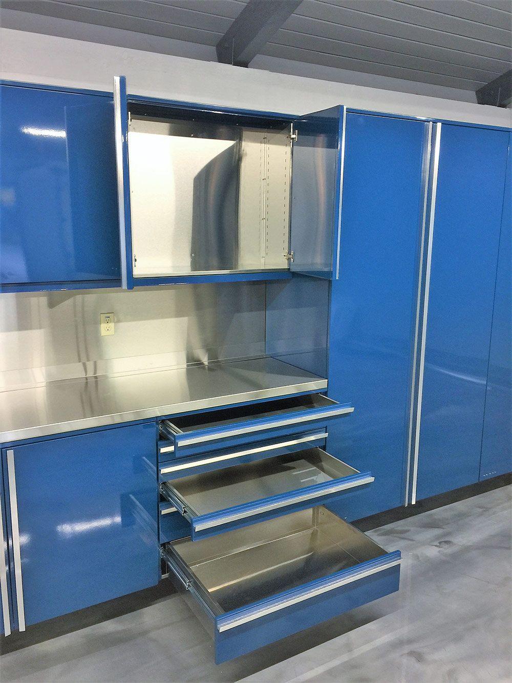 Armadio Da Garage designer series garage cabinets by vault tavoli da lavoro in