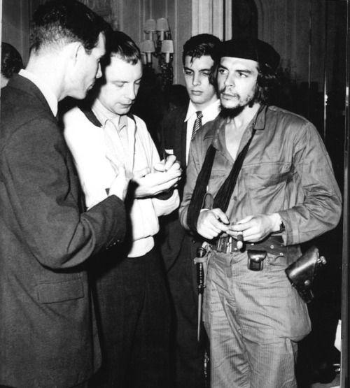"miriamelizabethworld: ""★♥ Comandante Che Guevara♥ ★ """