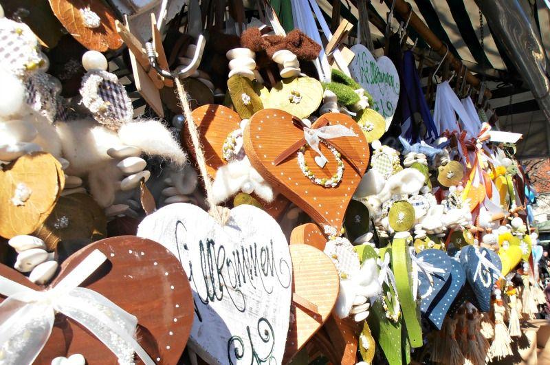 #Viktualienmarkt #stalls #handmade #Muenchen #Monaco #Munich #Germania #Germany #Bavaria #Baviera #Bayern