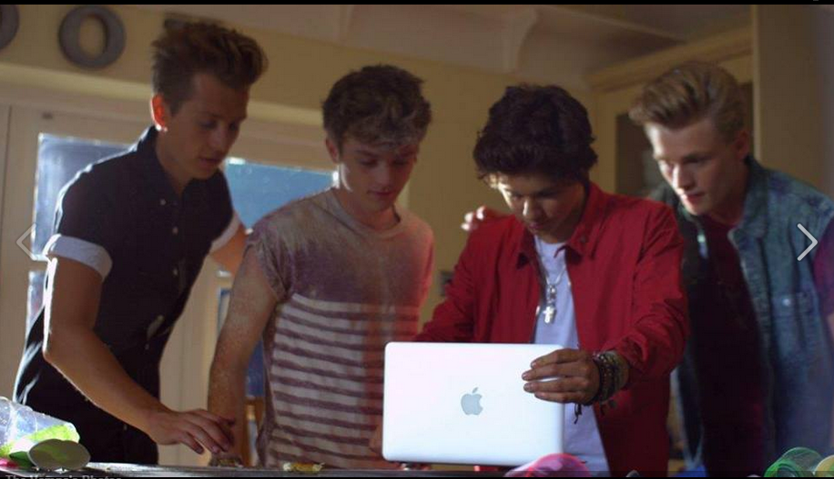 #TheVampsBand <3 :)