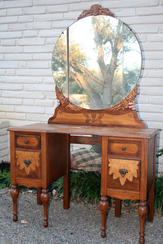 Antique vanity dressing table antique vanity dressing table antique vanity dressing table antique vanity dressing table geotapseo Choice Image