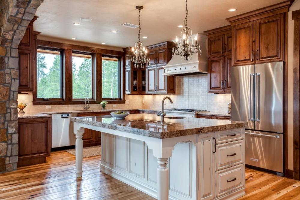 Mountain Home Kitchen Design Fraser Valley Colorado Jm Kitchen Kitchen And Bath Design Home Kitchens Kitchen Remodel Design