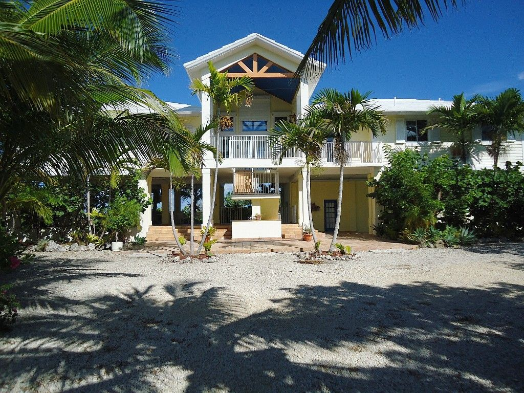 Pleasing Private Homes Vacation Rental Vrbo 335576 4 Br Key Largo Home Interior And Landscaping Ferensignezvosmurscom