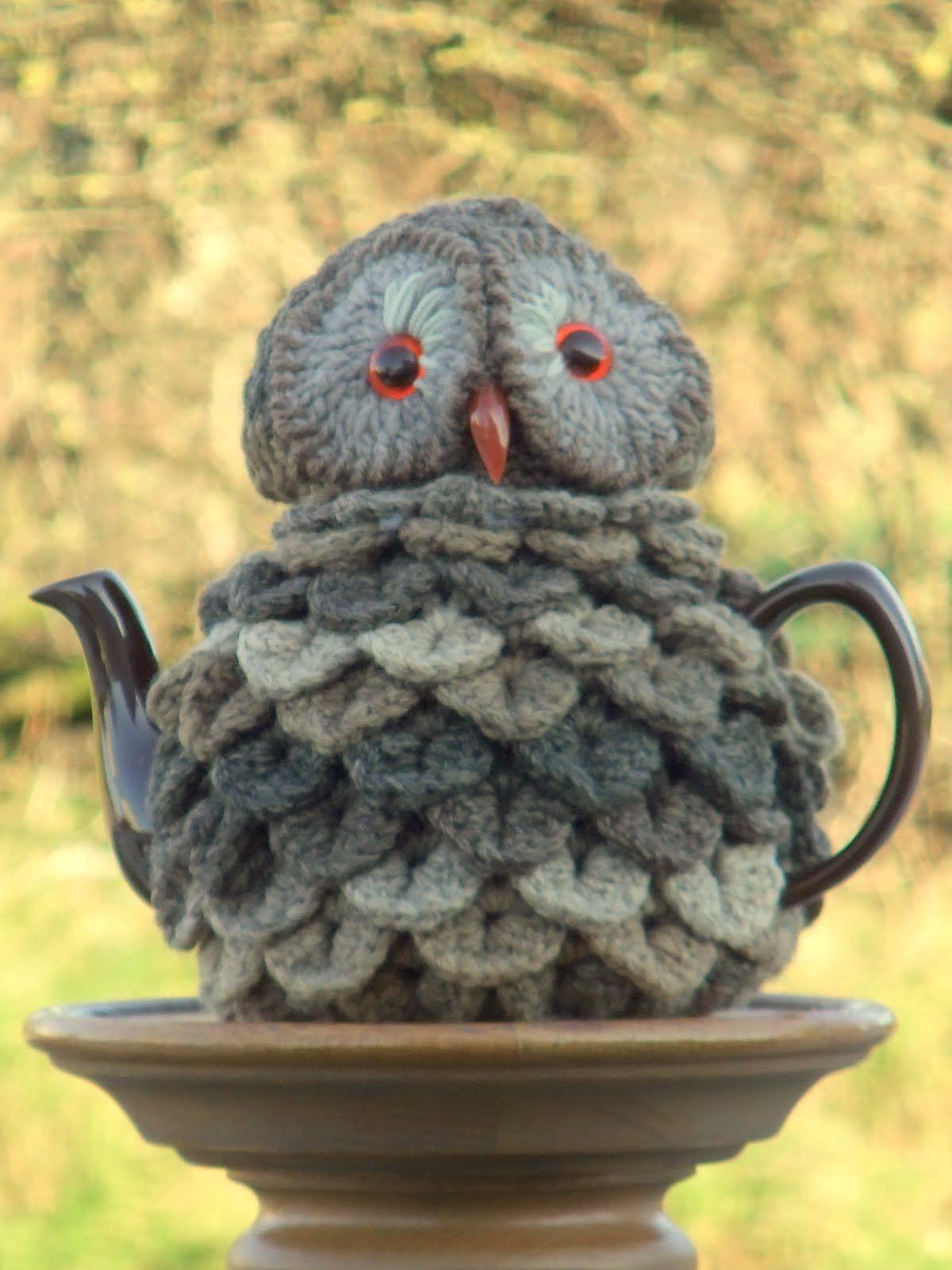 Lynne Hardman\'s photo on Google+ | cosy for teapots (tējkannu ...