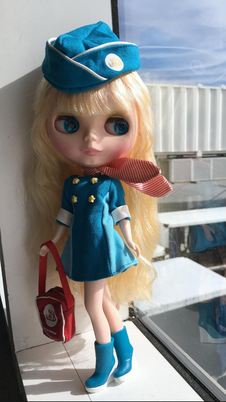 hadley_air_hostess (750×1334)