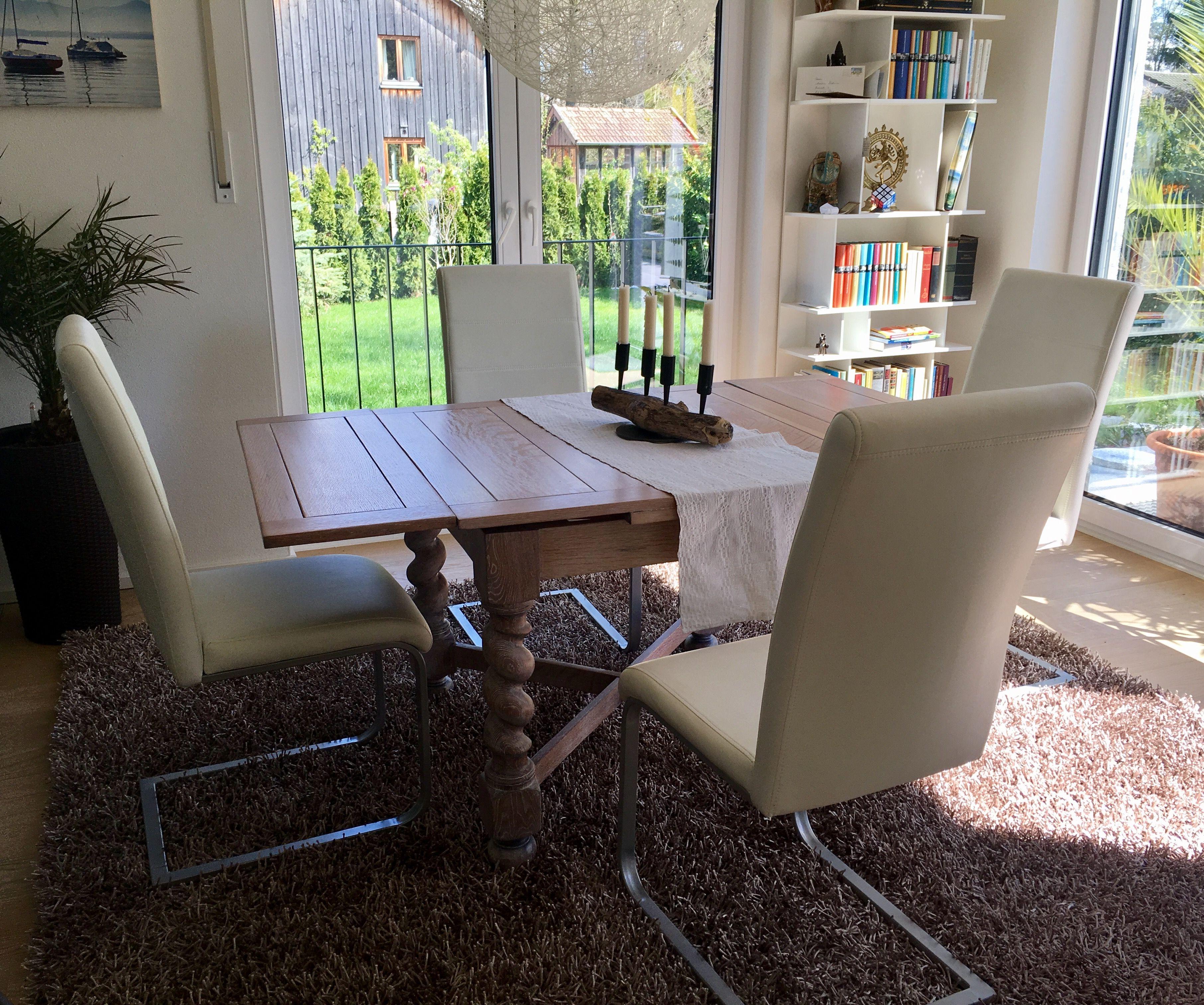 Antiker Tisch Moderne Stühle Dining Room