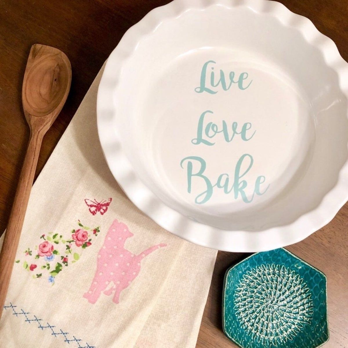 "Live Love Bake • Stone 9.5"" Pie Pan"