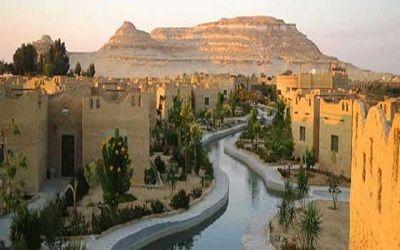 واحة سيوة من أكثر مدن العالم عزلة و لكنها تمتلك سحر الطبيعة النقية الخلابة Egypt Travel Places In Egypt Siwa Oasis