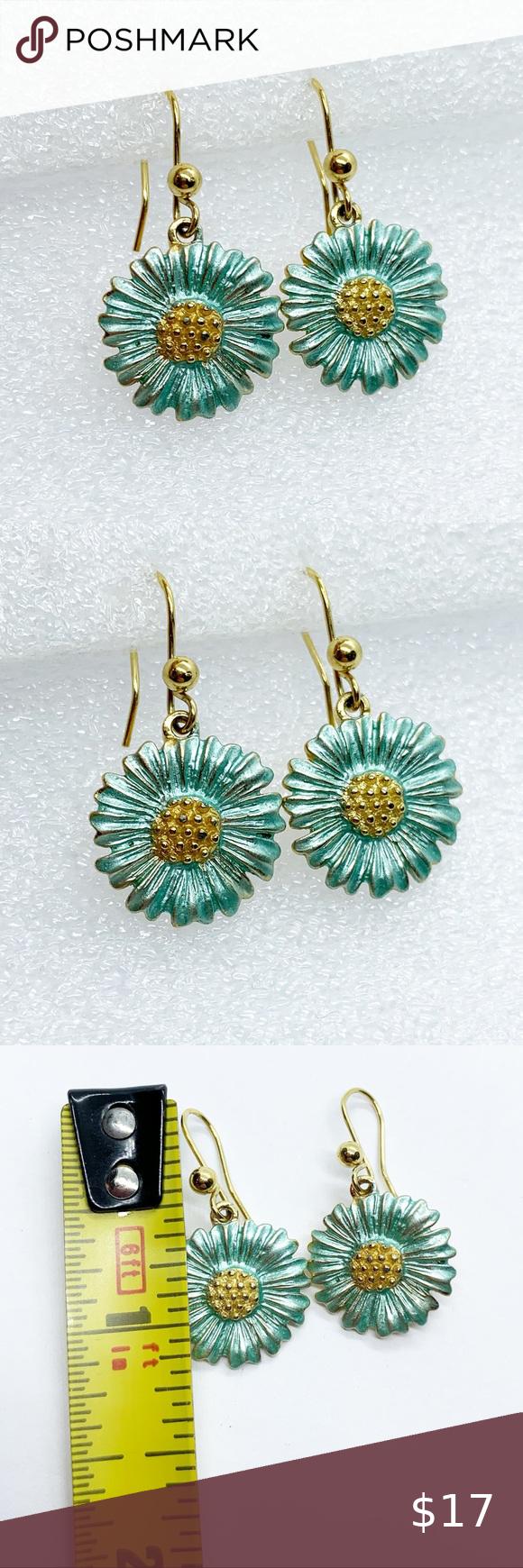 Daisy Aster Flower Dangle Earrings Enameled Blue In 2020 Dangle Earrings Dangles Aster Flower