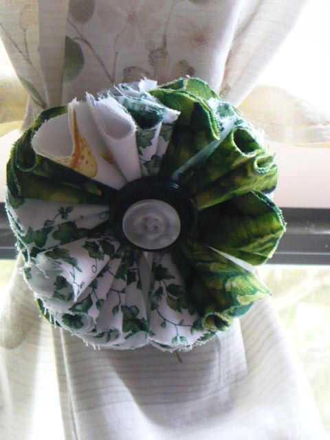 Green Flower Tie Back  Curtain Tie Back  Country by jeanpatchbymk, $15.00