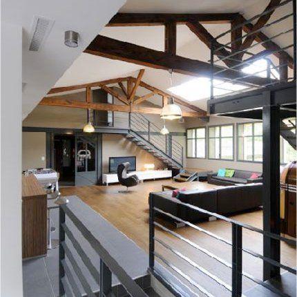 Ancienne usine rénovée en loft sur 3 niveaux architecture