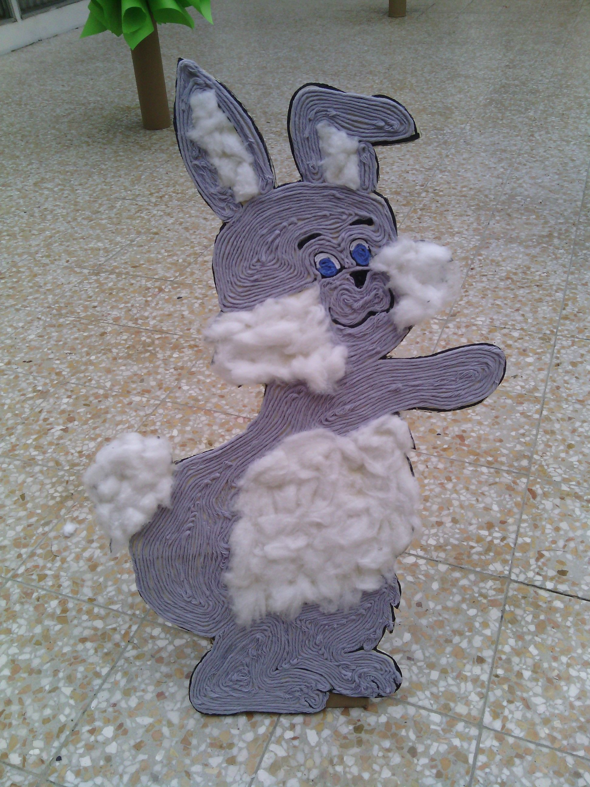 rabbit out of cardboard and thread zec od kartona i konca uskrsni