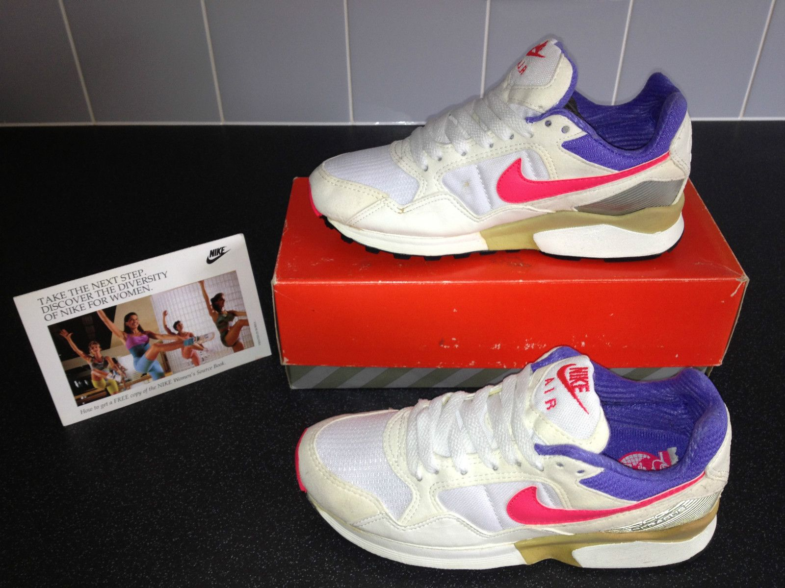 buy popular 6f8f8 a3d99 Vintage Nike Air Pegasus From 1992