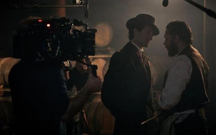 Adrien Brody and Tom Hardy filming series four of Peaky Blinders CREDIT: ROBERT VIGLASKY regram http://www.telegraph.co.uk/tv/2017/03/24/adrian-brody-begins-filming-peaky-blinders-liverpool-plus/ #tomhardy #adrienbrody #peakyblinders