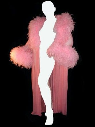 OH WOW - I need this in my wardrobe..lol Faire Frou Frou Classic Feather Robe