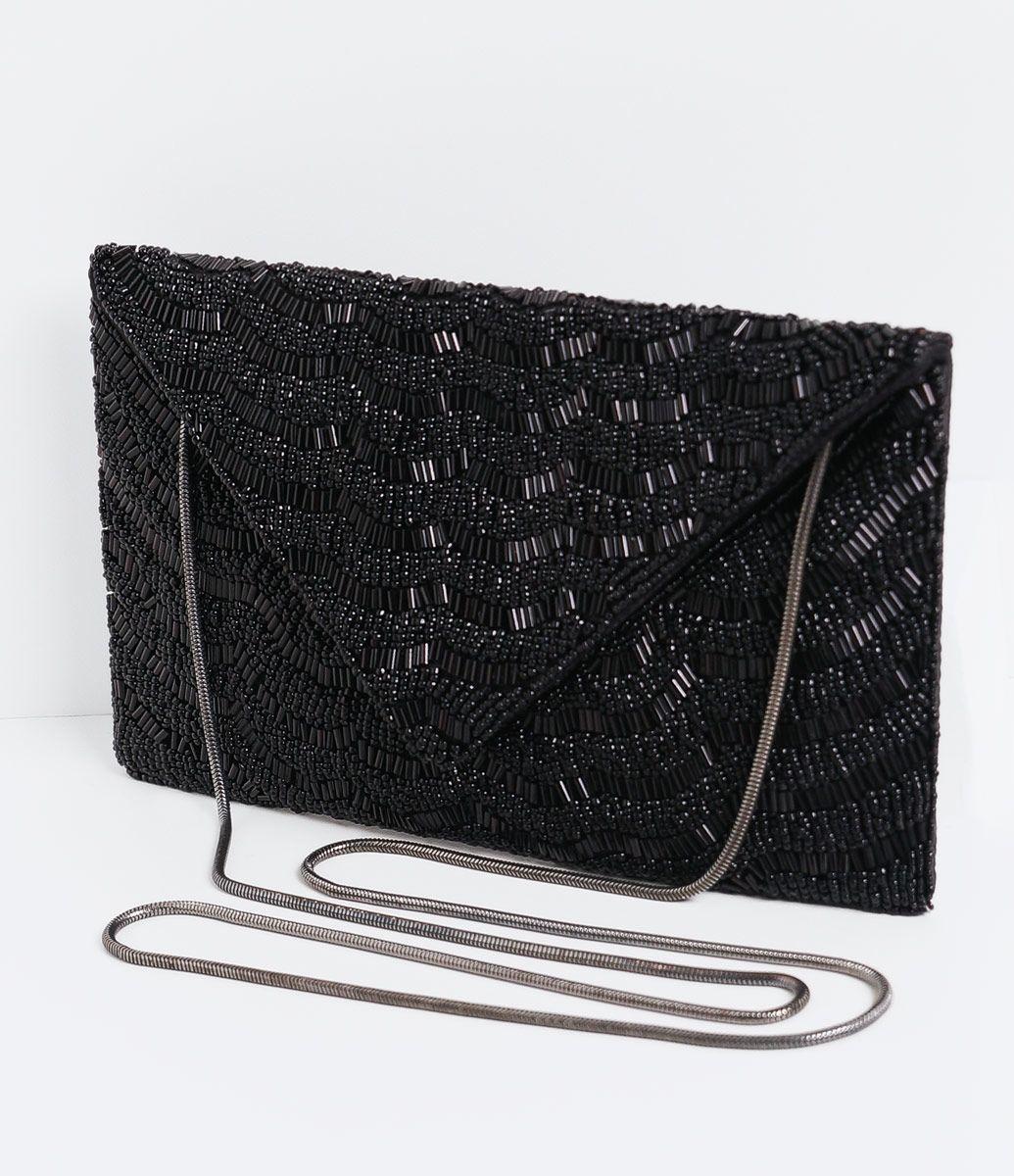 dac86f692 Bolsa feminina Modelo clutch Envelope Com bordado Marca: Satinato Material:  cetim Composição: 100
