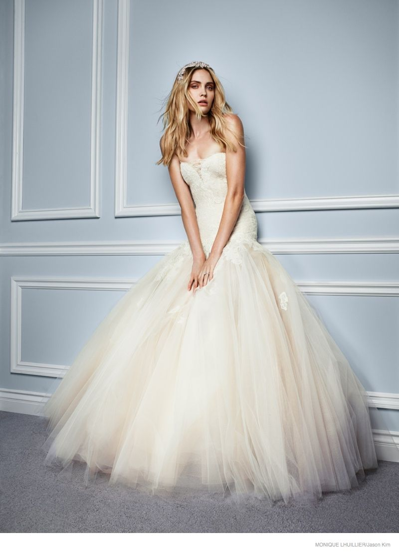 Heidi Mount Makes an Ethereal Bride for Monique Lhuillier\'s Spring ...